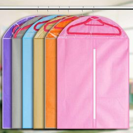China Custom Print Hanging Garment Bag Breathable Non Woven For Suit 60 * 90cm Size distributor
